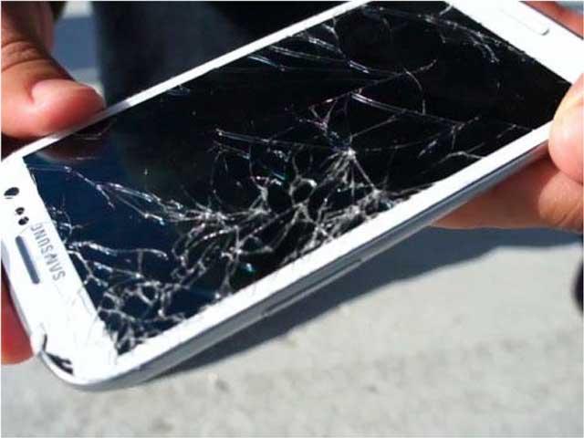 сколько стоит поменять стекло на телефоне